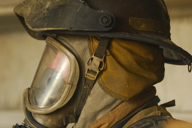 Fire fighter mask.jpg