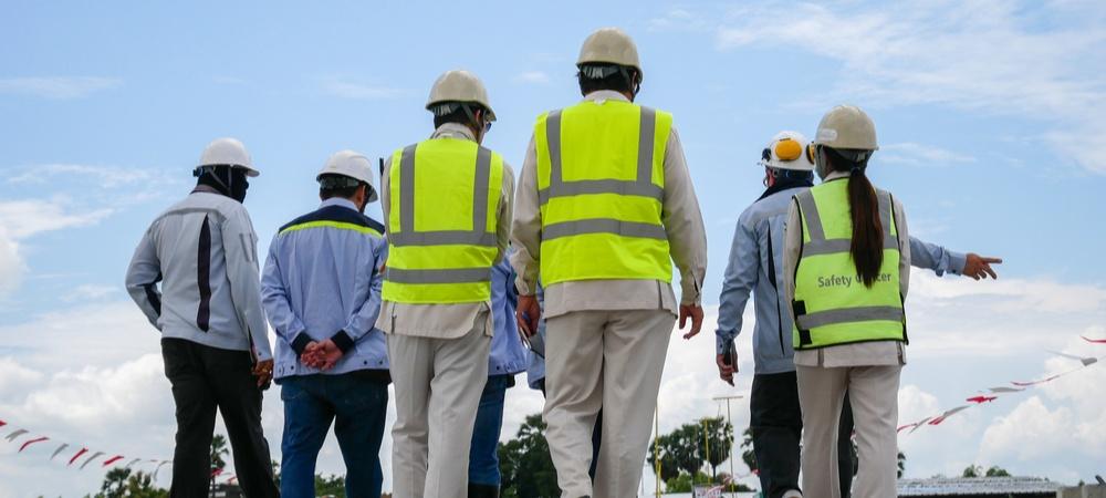 Team Identifying hazards on work site