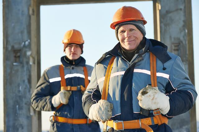 FR and arc flash clothing for cold weather